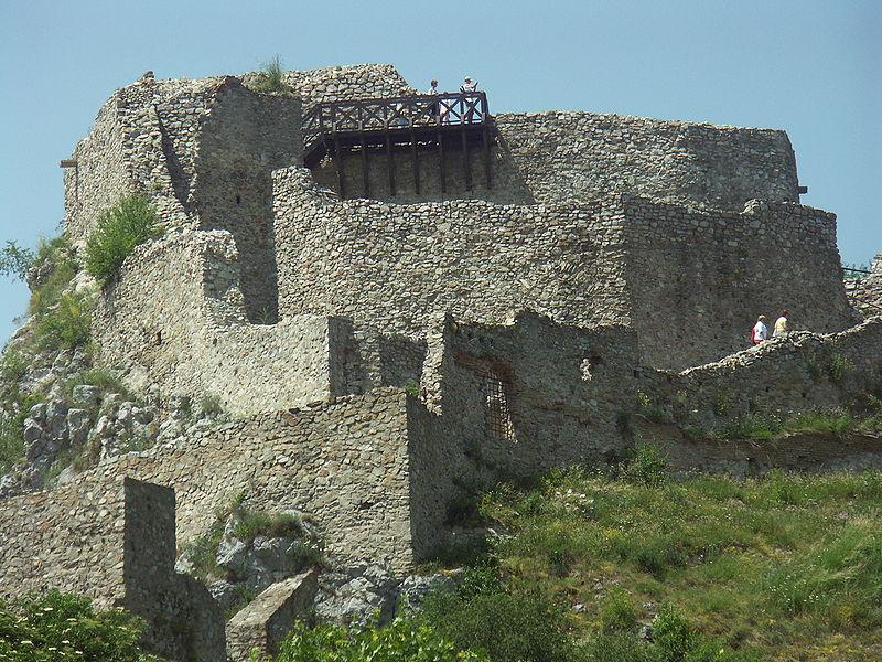 800px-Slovakia-Devin_castle2